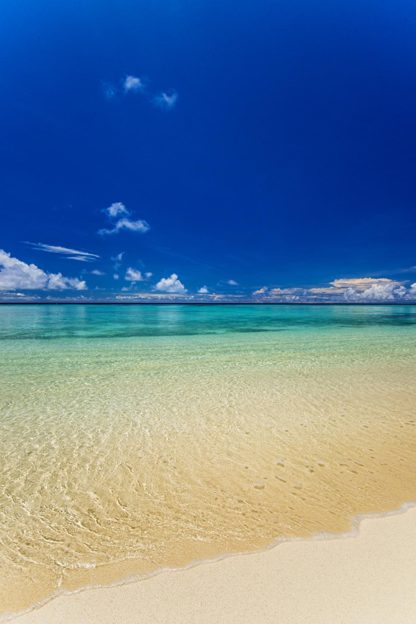 Calm Ocean Panasesa Isalnd